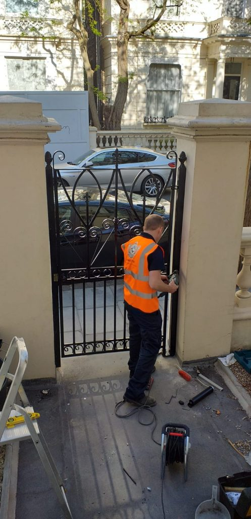 entrance gate designed and fitted for a customer in Kensington and Chelsea